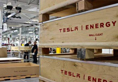 Tesla oznámila tajný projekt Roadrunner