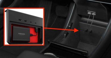 Na internet přichází revouční USB rozbočovač pro vozy Tesla